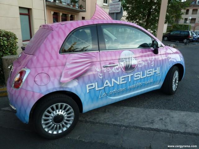 Voiture covering original planet sushi